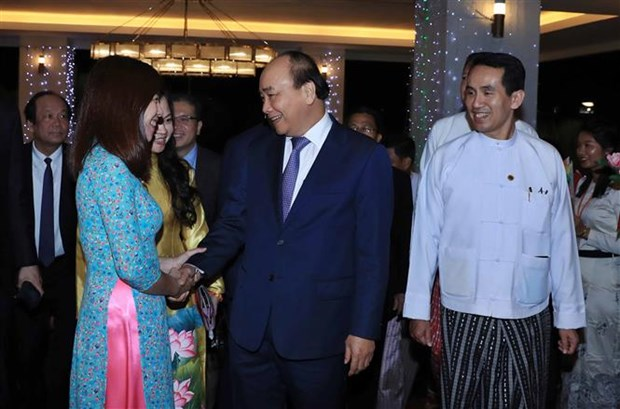 Inicia primer ministro de Vietnam visita oficial a Myanmar hinh anh 1