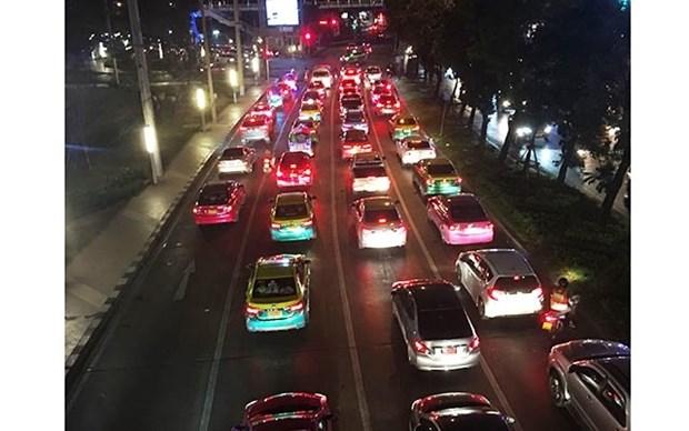 Refuerza Tailandia control de consumo de bebidas alcoholicas durante Ano Nuevo hinh anh 1