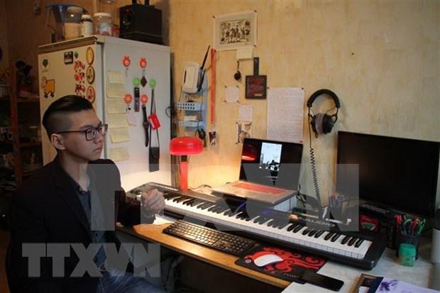 Gana estudiante vietnamita premio de concurso musical en Rusia hinh anh 1