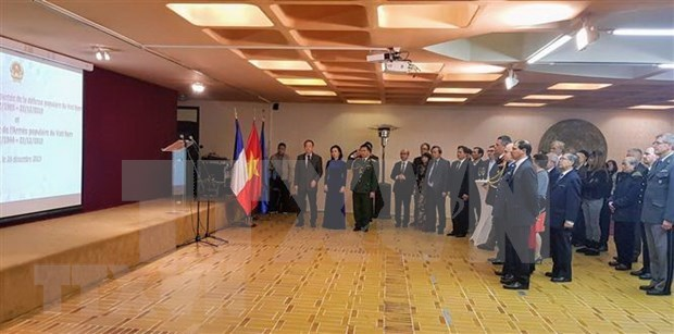 Celebran en Camboya y Francia fundacion del Ejercito Popular de Vietnam hinh anh 2