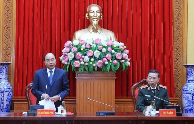 Premier de Vietnam enaltece aportes de la policia popular a desarrollo nacional hinh anh 1