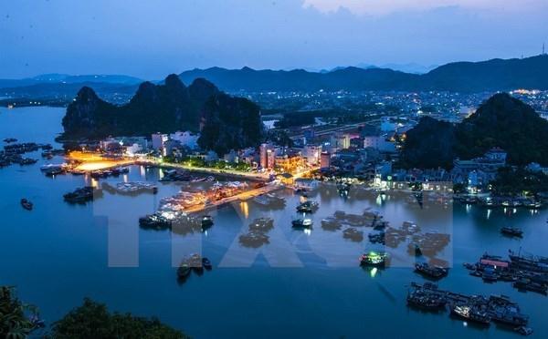 Recibe provincia vietnamita de Quang Ninh a 14 millones de visitantes en 2019 hinh anh 1