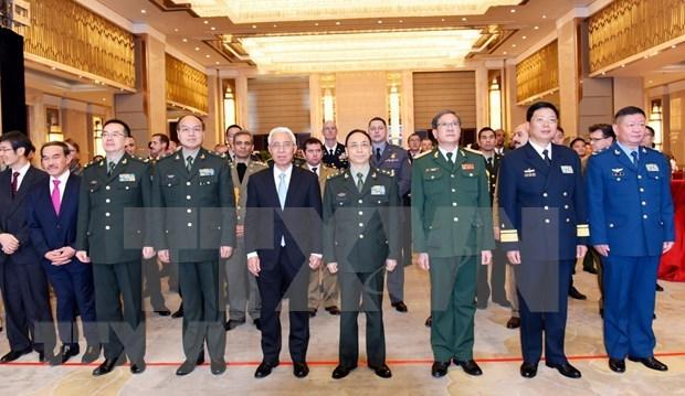 Conmemoran en exterior aniversario 75 de fundacion del Ejercito Popular de Vietnam hinh anh 1