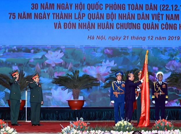 Gran ceremonia marca aniversario 75 del Ejercito Popular de Vietnam hinh anh 1