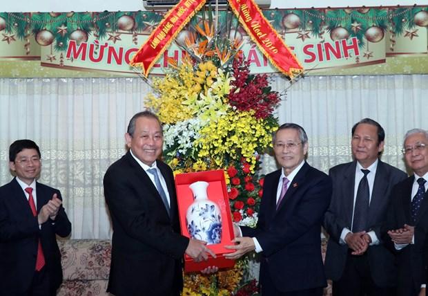 Extiende vicepremier de Vietnam saludos navidenos a comunidades religiosas hinh anh 1