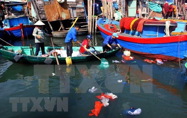 Lanzan en Vietnam concurso de reciclaje de desechos plasticos hinh anh 1