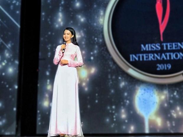 Joven vietnamita se corona en concurso de belleza juvenil en la India hinh anh 1