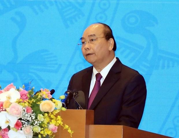 Exige premier de Vietnam mejor desempeno para impulsar el desarrollo nacional en 2020 hinh anh 1
