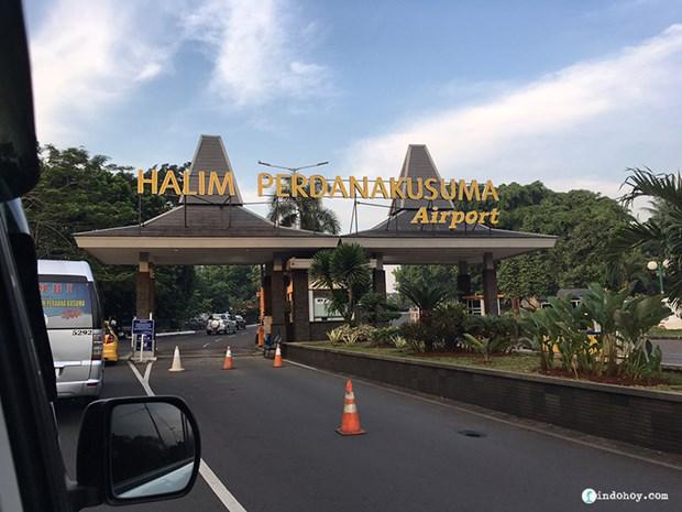 Cierran aeropuerto en Yakarta por intensas lluvias hinh anh 1