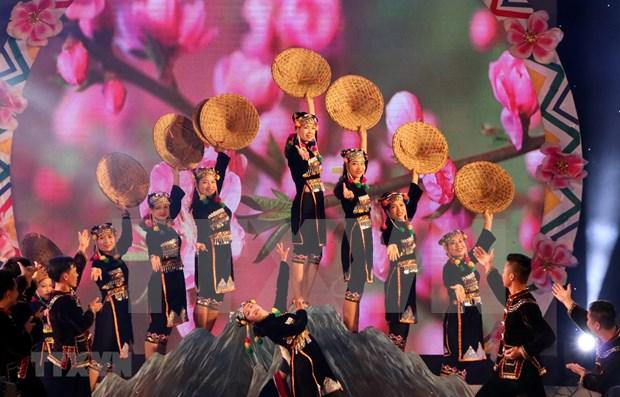 Destacan importancia del festival de juego folclorico entre Vietnam, Laos y China hinh anh 1