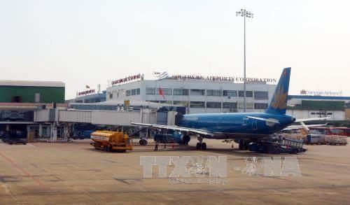 Proponen abrir ruta aerea directa entre Ciudad Ho Chi Minh y San Petersburgo hinh anh 1