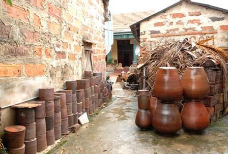 Ceramica de Huong Canh: arte unico de Vietnam hinh anh 1