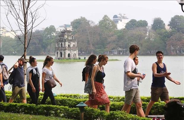Recibe Hanoi a mas de 81 mil turistas en ocasion del Ano Nuevo 2020 hinh anh 1
