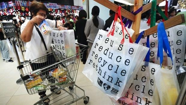 Prohibe Yakarta bolsas de plastico de un solo uso hinh anh 1