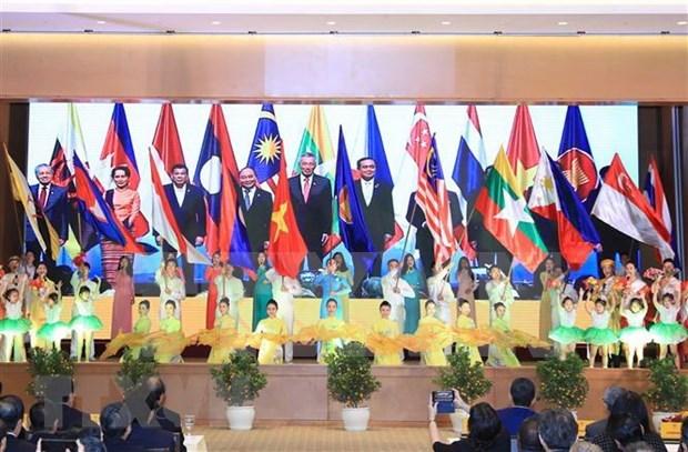 Celebran en Vietnam primera reunion de Comunidad Socio-Cultural de ASEAN hinh anh 1