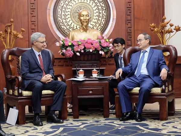Robustecen Ciudad Ho Chi Minh y Francia sus lazos hinh anh 1