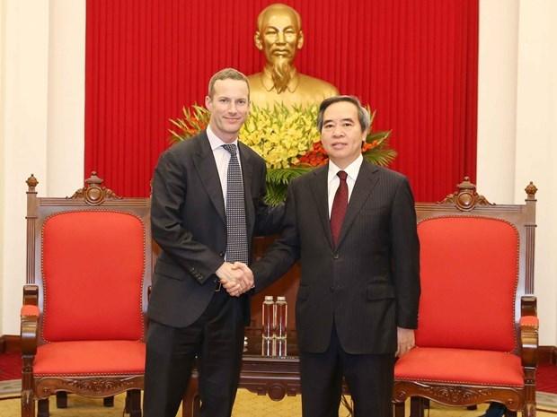 Promete alto funcionario de Vietnam apoyo a inversores estadounidenses hinh anh 1