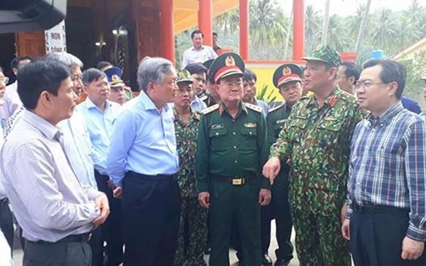 Otorgan en Vietnam regalos a islenos y soldados en ocasion del Ano Nuevo Lunar hinh anh 1