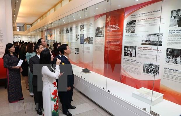 Efectuan exhibiciones sobre fundacion del Partido Comunista de Vietnam en diferentes localidades hinh anh 1