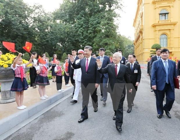 Intercambian Vietnam y China felicitaciones por aniversario de relaciones bilaterales hinh anh 1