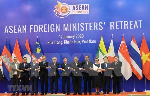 Reitera ASEAN compromiso con estructura regional abierta y multilateralismo hinh anh 1
