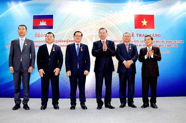 Vietnam y Camboya por estrechar cooperacion en garantia de seguridad hinh anh 1