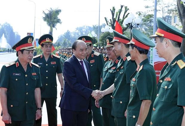 Primer ministro de Vietnam visita Escuela de Oficiales del Ejercito 2 hinh anh 1