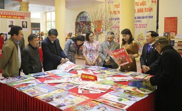 Exponen documentos y fotos sobre Partido Comunista de Vietnam hinh anh 1
