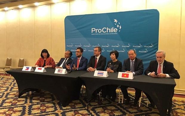 Celebran Semana de la ASEAN en la region chilena de Los Rios hinh anh 1