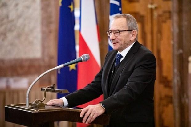 Expresa Vietnam condolencias por fallecimiento del presidente de camara alta de Republica Checa hinh anh 1