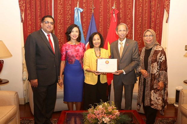 Vietnam asume presidencia rotativa del Comite de ASEAN en Argentina hinh anh 1