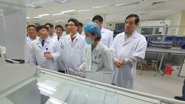 Inspecciona vicepremier vietnamita labores preventivas contra nuevo tipo de coronavirus hinh anh 1