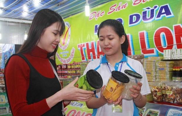 Campana de promover consumo de productos nacionales muestra resultados notables en Vietnam hinh anh 1