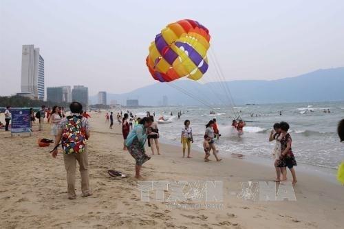 La playa de My Khe, una de las mas atractivas del planeta hinh anh 1
