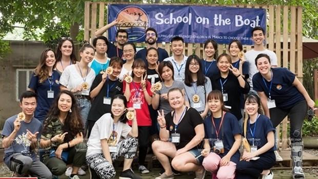 School on the Boat, escuela para ninos desfavorecidos en Hanoi hinh anh 1
