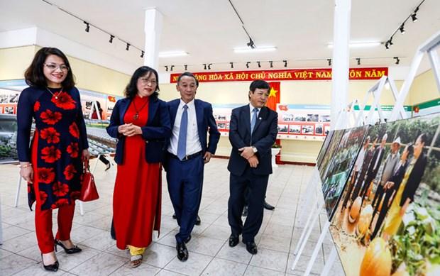 Celebran en Lam Dong exposicion sobre fundacion del Partido Comunista de Vietnam hinh anh 1