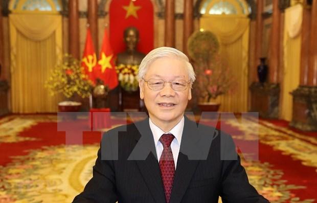 Felicitan dirigentes vietnamitas aniversario 70 de establecimiento de relaciones diplomaticas con Rusia hinh anh 1