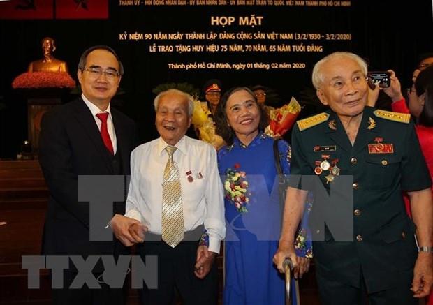 Celebran en Ciudad Ho Chi Minh 90 aniversario de fundacion del Partido Comunista de Vietnam hinh anh 1