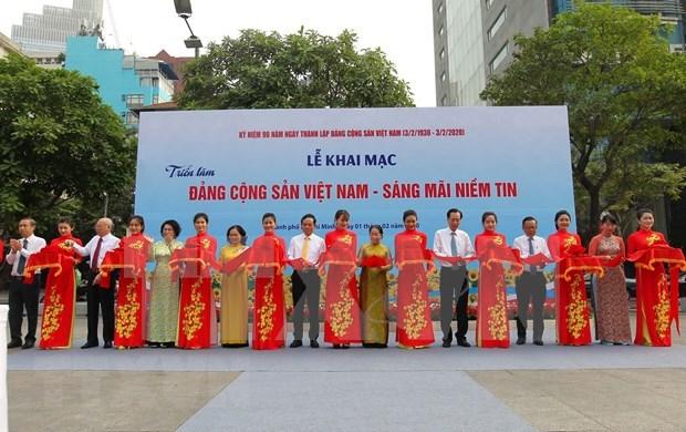 Exhibicion fotografica sobre fundacion del Partido Comunista de Vietnam en Ciudad Ho Chi Minh hinh anh 1