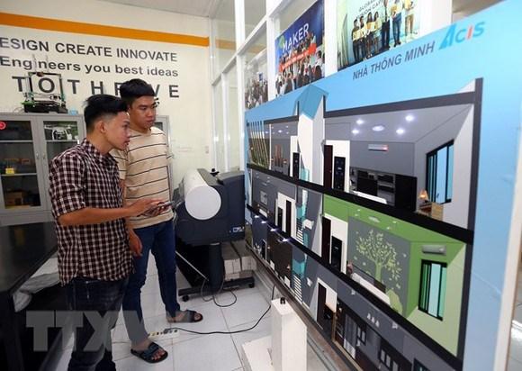 Jovenes empresarios vietnamitas, pioneros en la inversion tecnologica del pais hinh anh 1