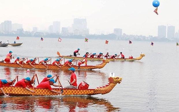 Celebraran regata del barco del dragon en Hanoi hinh anh 1