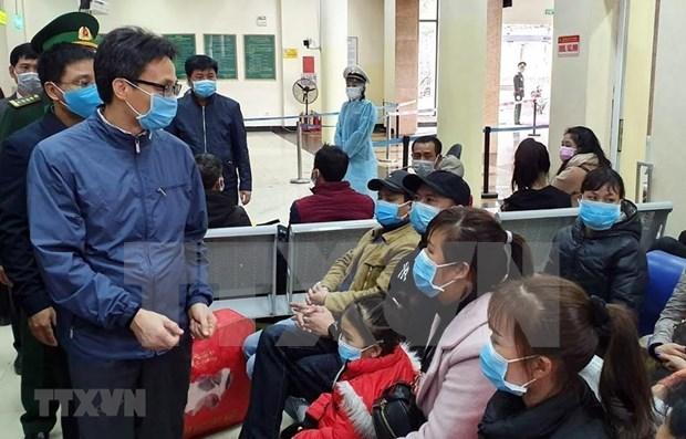 Examinan medidas preventivas contra coronavirus en Vietnam hinh anh 1