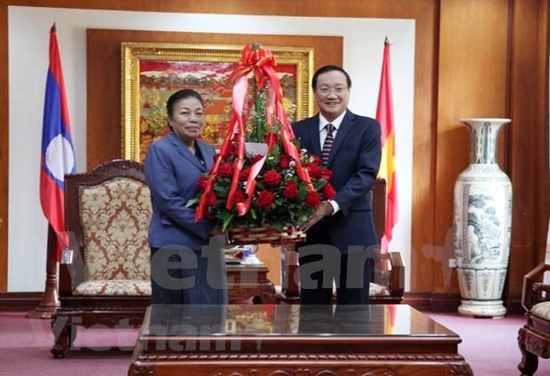 Alta funcionaria de Laos destaca el papel del Partido Comunista de Vietnam hinh anh 1