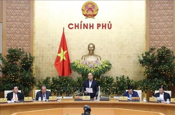 Gobierno de Vietnam prioriza combate contra el nCoV y busca paliar su impacto en economia hinh anh 1