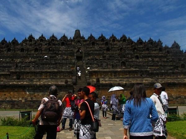 Indonesia considera reducir tarifas aereas para impulsar el turismo domestico hinh anh 1