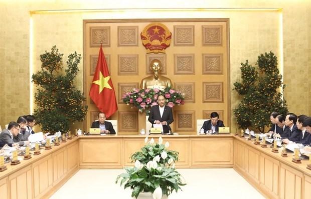 Premier vietnamita exige medidas drasticas para lograr crecimiento economico pese a impactos de COVID-19 hinh anh 1