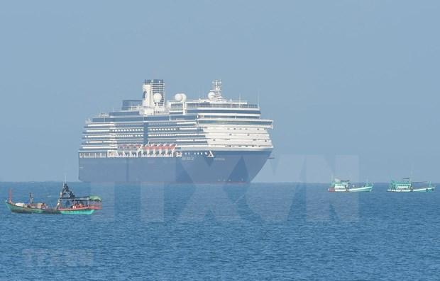 COVID-19: OMS agradece a Camboya por permitir el atraque del crucero Westerdam hinh anh 1