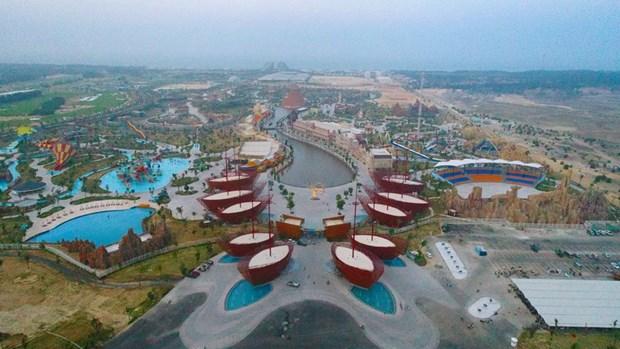 Atractivo escenario del complejo Vinpearl Land Nam Hoi An en Vietnam hinh anh 1