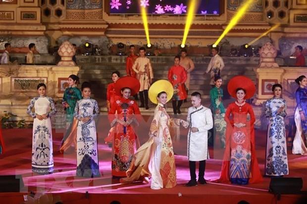 Retrasan en Vietnam Festival de Hue 2020 hinh anh 1