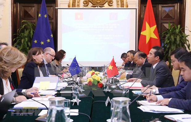 Vietnam invitado a unirse a la mision de capacitacion de la UE en la Republica Centroafricana hinh anh 1